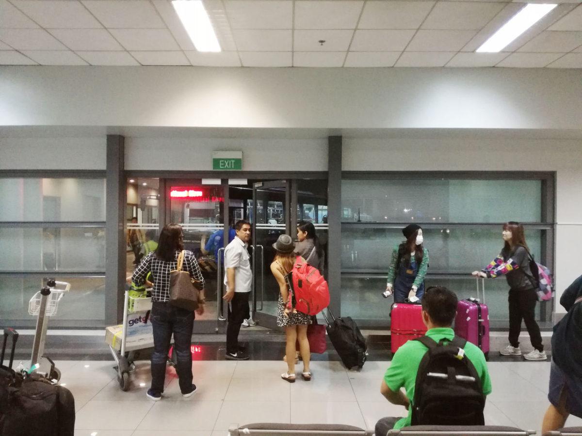 マニラ空港 ターミナル間シャトルバス 乗車