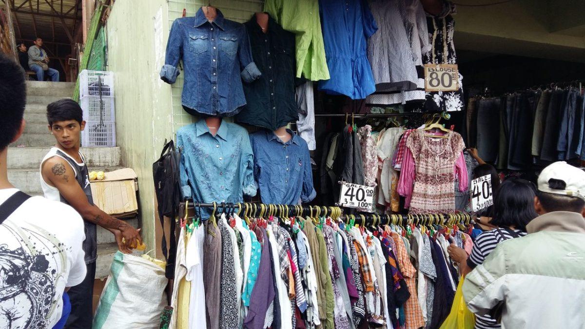 バギオ パブリックマーケット 衣類